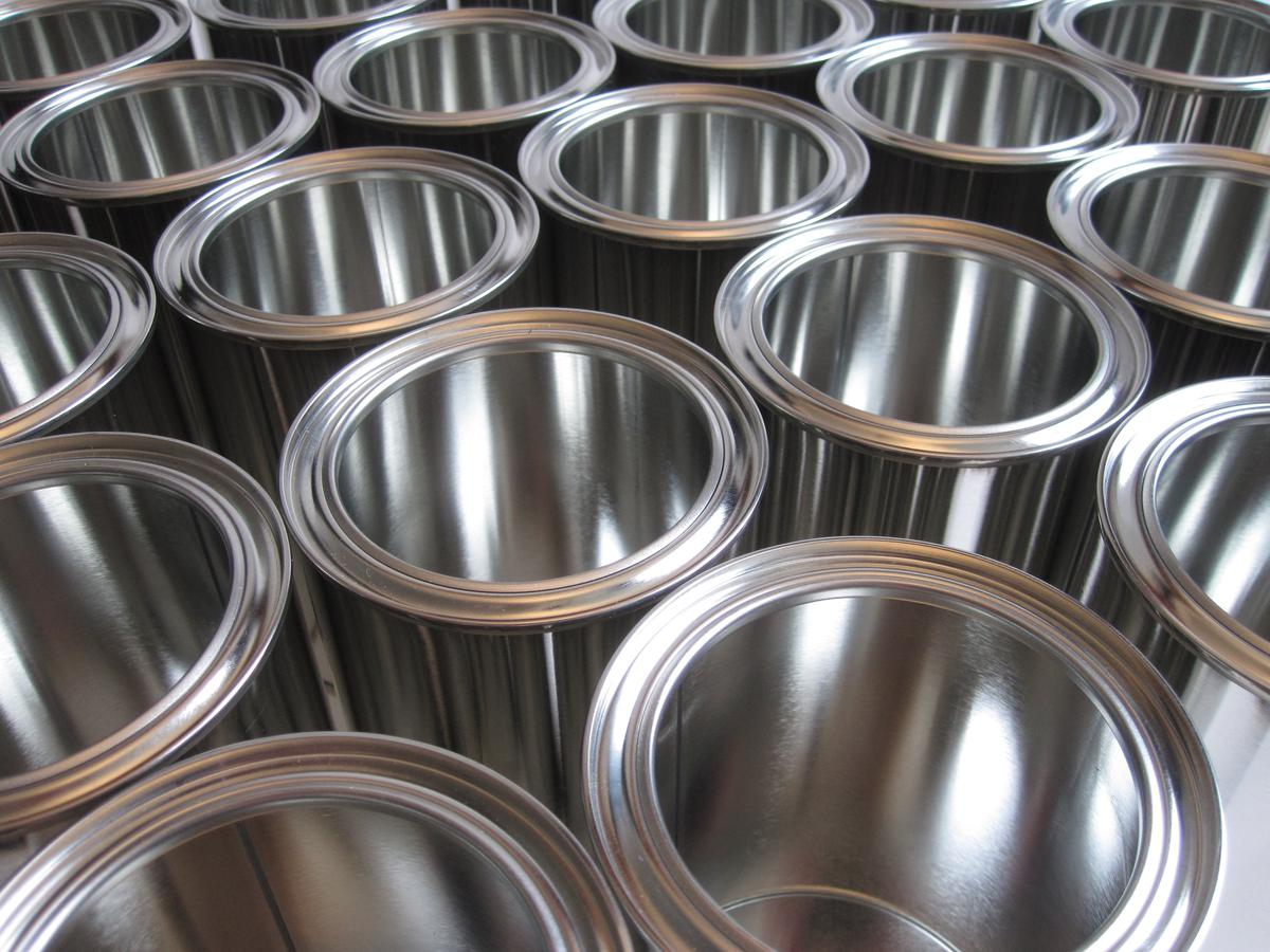 https://360tv.ru/media/uploads/article_images/2018/11/20364_white-wheel-spoke-metal-paper-material-tire-sheet-silver-container-rim-cans-hubcap-glance-tin-plastic-wrap-aluminum-can-725679.jpg